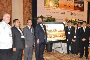 TRT CEO Jeremy Zwinger with Myanmar delegates, winner of 2011 Rice Tasting contest. Photo: The Rice Trader