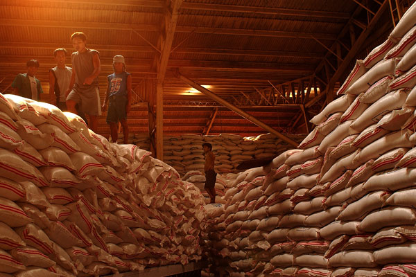 A SHIPMENT of rice in a warehouse in Manila, Philippines (Photo: IRRI)