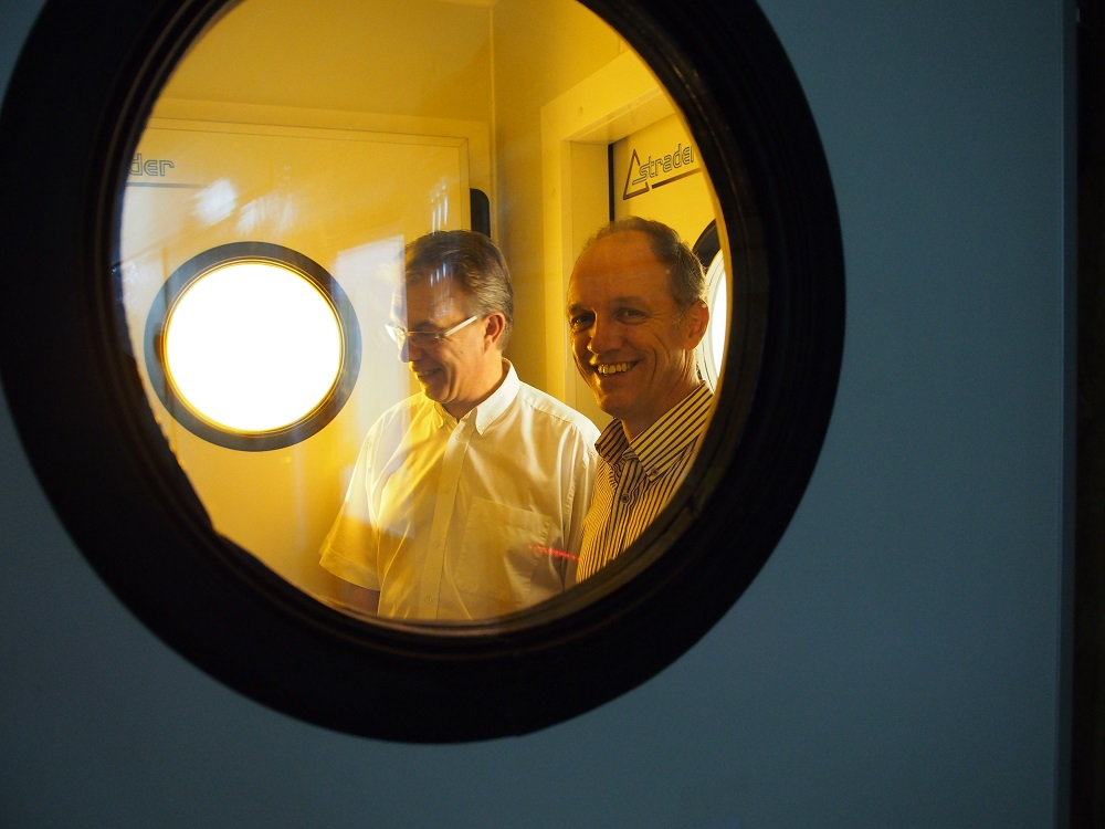 In January 2013, Martin Kropff, then CGIAR Consortium board member and future director general of CIMMYT, and Dr. Wopereis inspect a containment facility for rice pathogens and pests at AfricaRice in Cotonou, Benin. (Photo by R. Ramin, AfricaRice)