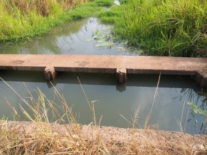 The irrigation system in M'bé has degraded due to wear and tear.