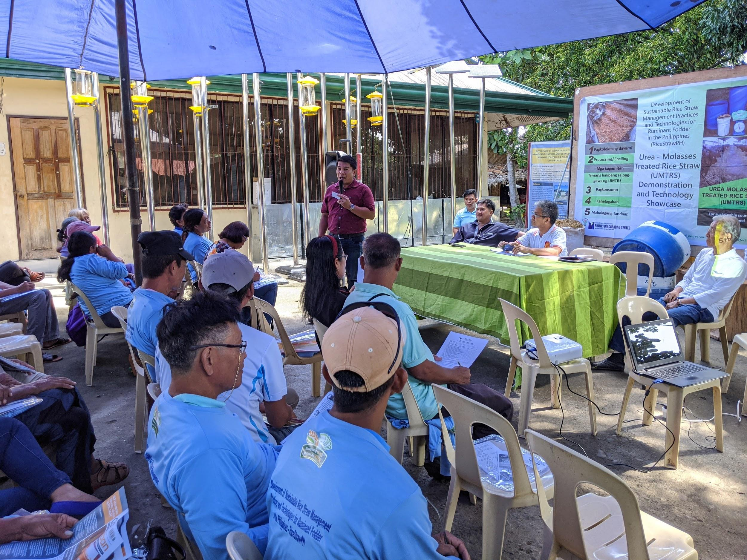 Mayor Abonado welcomes participants to the RiceStrawPH demonstration and technology showcase in M'lang, North Cotabato, a municipality in Southern Philippines. (Photo: IRRI)