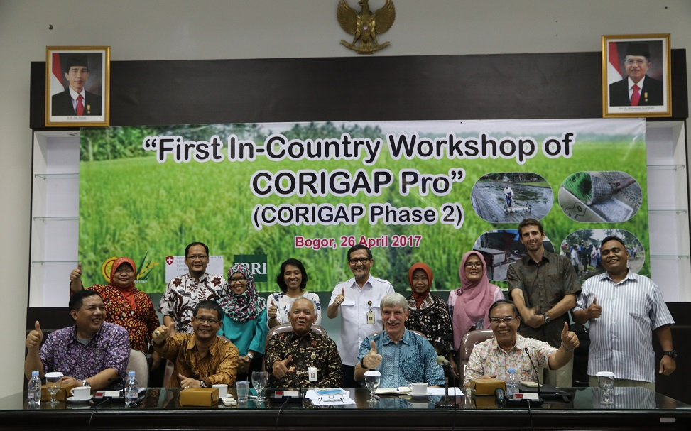 In 2017, CORIGAP PRO held its first Country Workshop in Indonesia. Through the project, IRRI scientists work closely with NARES partners to strengthen national or regional rice programs using best management practices.  (Photo: CORIGAP)